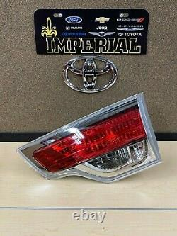 Toyota Genuine New Oem 2014-2016 Highlander Rh Passenger Side Inner Tail Lamp