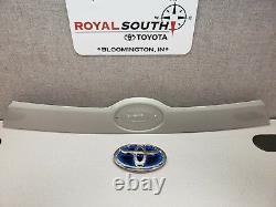 Toyota Highlander 14 -17 Luggage Compartment Garnish With Emblem Genuine OEM OE